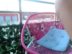 söta barrrbi blinkande bröst på live webbkameran