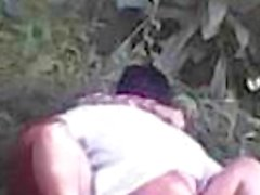 Bokep abg siswi sma seragam batik ngentot di hutan