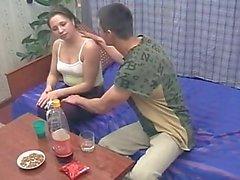 Ubriaca a Brother sorella e del fucks mentre i genitori non è casa