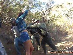 La police fausse Kayla West a été attrapée patrool lusty pendant borde