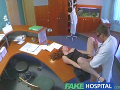 FakeHospital Busty yeni bir personel emme ve işe kahrolası