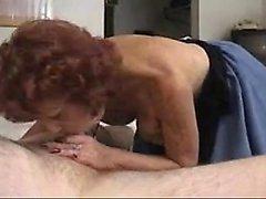 Sexy Old Granny gestellte eine Fick Get -