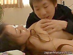 Tesão japoneses bebês maduros chupando part4