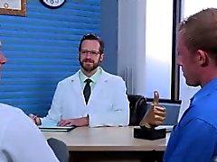 Desnudos niño individuo adolescente sexo gay Brian Bonds encabeza el Dr. Strangeg
