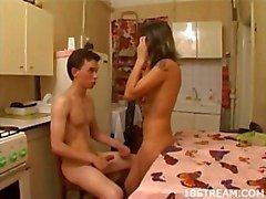 Nizza Sexual in der Küche und