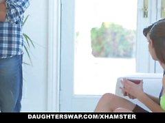 DaughterSwap - подростки обманут в ебля своих отцов