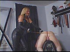 castigo para el esclava doméstica
