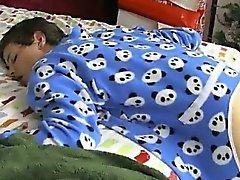 Gay по видео- Он утро Рождества и Иордания Эштон просыпается и