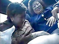 Granny азиатам на автобусе
