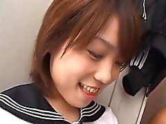Asian schoolgirl gives double blowjobs in close up for cumsh