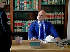 TUSHY Curvy AJ Applegate castigada por su jefe