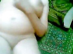 Pakistanische Frau Dilnaz Khanum mit Hub Klein 3 Zoll asiatisch Quest Paki Detektiv durchgefickt