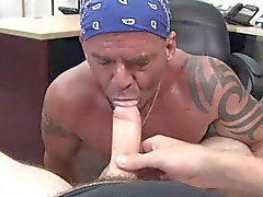 Biker amateur sucks dick