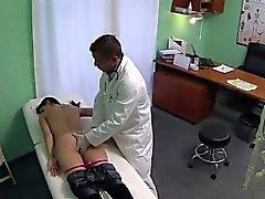FakeHospital Doktoren begabte Stellen bilden Reife sprizen