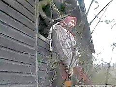 Brunette von 2 Soldaten gebumst
