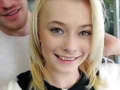 Du butin ferme Blonde girl teen de Maddy Rose critiqué vraiment bien