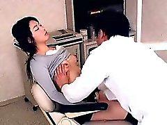Perverted Dişçi gençlerin Hastaya sedates