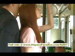 De Río de Asia jovencita conseguir su coño fondled en el autobús