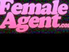 FemaleAgent . Mehrfach Orgasmen in perfekten lesbischen Guss