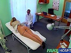 FakeHospital - Krankenschwester freigelegt russisch Funde