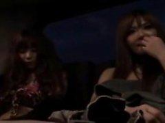 Sedutor menina japonesa oferece o namorado tesão um sensual