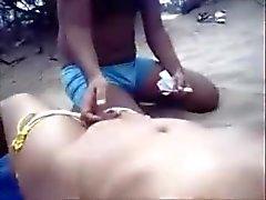 Un indien Mastrubates pour sa soeur à Goa Beach