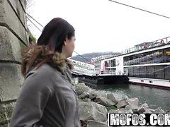 Mofos - Público Pick Ups - Euro Babe com Perk