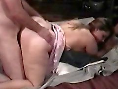 Sex-starved BBW bitch spreads her thighs for deep penetration