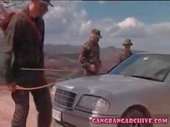4 ordu adam ile Gangbang Arşiv fantezi MILF seks partisi