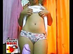 Sara exhibiendose en su cuarto calatita - Teil -02