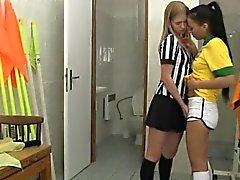Бразильская проигрыватель гребаный судья
