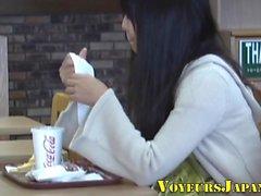 Japonais teen frotte clitoris