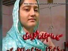 Pakistans söt bachi Syeda Ammara i Shah