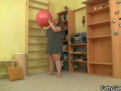 Hon knullar hennes fitness instruktör