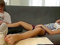 Twinks Furby and Blueboy love some feet massage and footjob