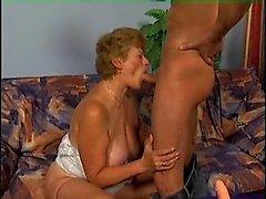 Alana von kinkyandlonelycom - Deutsche Oma