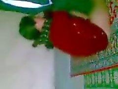 arab Meisje Djienz op de grond
