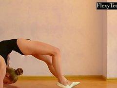 Anna Mostik den heta ryska gymnasten