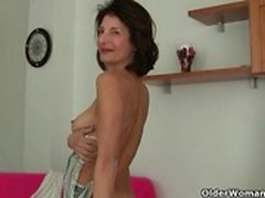 I miei video preferiti di French gilf Emanuelle