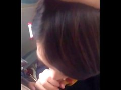 Phone258real blowjob airhostess en el avión de tocador