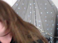 deiutza18 piscar peitos amadores no webcam em directo