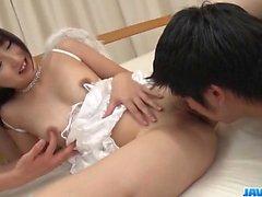 Maria Kotobuki adora lidar mais de um galo