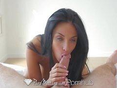 PureMature Große Brüste MILF Anissa Kate anal durch energischen jungen Schwanz gefickt