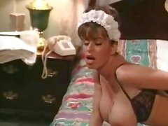 Clássico Scene Heather Lee como empregada doméstica