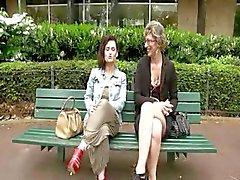 Französisch Lady und eine Brünette ein glücklicher guy gefickt zu