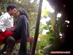 Niños y niñas de Bangladesh Sexo en el parque