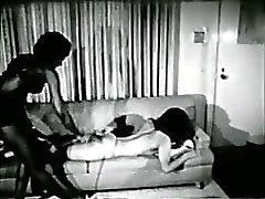 Schwarze Mädchen der 1960er Jahre in Prügelstrafe - Gebundenheit SM- Fetisch stag Film