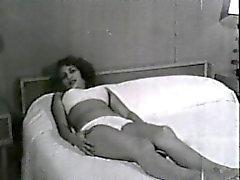 De softcore Nudité de 617 50 et 60 ans - Scene 3