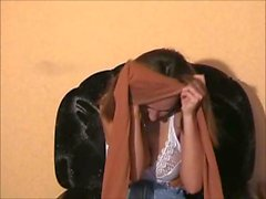 Anna Shtager accarezza la figa con le dita