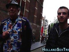 La prostituée néerlandaise a doigté